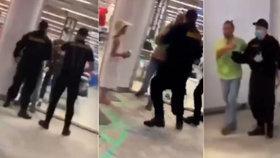 Šokující rvačka v obchoďáku kvůli roušce: Lidé si většinou dají říct, řekla ředitelka