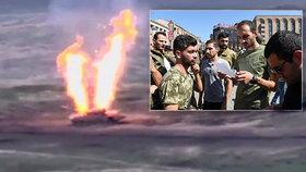 Mobilizace a stanné právo v Arménii: Ázerbájdžán dobyl první vesnice, zemřelo i dítě