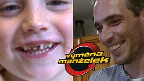 Zkažená Výměna manželek: Dítě bolí zuby, otec se mu směje do tváře!