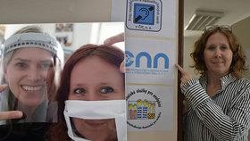 Šárka (45) o potížích neslyšících během pandemie: Roušky jsou pro nás katastrofa