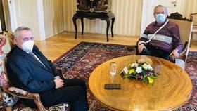 Zeman převzal rezignaci šéfa antimonopolního úřadu. Rafaj skončí k 1. prosinci