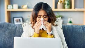 Domácí homeopatická lékárnička: Co nasadit hned, když se spustí rýma, začíná opar nebo jste ve stresu?