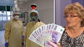 Zdravotníkům se příští rok zvýší platy o desetinu. Odbory kývly na kompromis