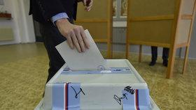 Volby do Senátu: O čem dnes rozhodly hlasy voličů