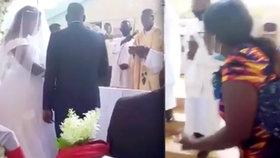 Svatebčany během obřadu překvapila ženichova právoplatná manželka: Bigamistovi hrozí vězení