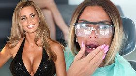 »Umělohmotná« Katie Priceová (42) Vypadly jí nové zuby!