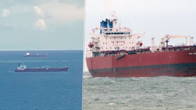 Z pirátů se vyklubali černí pasažéři. Na ropném tankeru zatkla policie sedm lidí