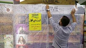 Muslimové v obchodech bojkotují zboží z Francie. Čím je naštval Macron?