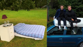 """Kamarádi nabídli """"nejhorší ubytování na světě"""": O nocleh na matraci pod stromem je obrovský zájem"""