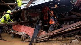 Desítky mrtvých, 109 pohřešovaných: Střední Amerikou se řítí bouře Eta, zasáhne i Floridu