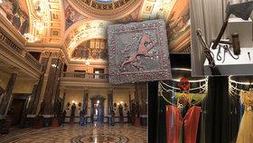 FOTO: Takhle vypadá vylidněné Národní muzeum! Prázdné chodby i sály, výstavy probíhají bez návštěvníků