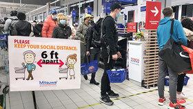 15 metrů čtverečních na zákazníka: Česko je přísné. Jak omezují nákupy v jiných zemích?