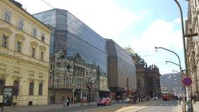 Bude Nová scéna kulturní památkou? Ministerstvo zahájilo řízení, budovu čeká rekonstrukce