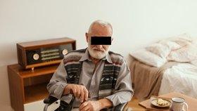 Riziko koronaviru je vysoké: V Opavě seniorům i lidem v karanténě opět rozváží jídlo