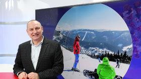 Boj o lyžování v Česku: Odsouvání sezóny uškodí a způsobí návaly, míní Stárek