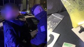Pervitinové Vánoce: Starý známý kriminálník schovával v autě přes 20 gramů drogy