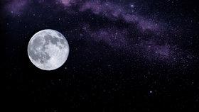 Kdy bude úplněk, superúplněk a zářící hvězdný kruh? Velký přehled pro rok 2021