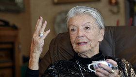 Zdenka Procházková (94) zoufale prosí: Nenechte mě umřít!