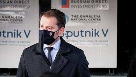 Ego, ideologie a ruská vakcína: Slovenskému premiérovi se sype koalice pod rukama