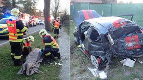 Vážná nehoda v Doksech si vyžádala pět zraněných: Stojí za neštěstím bláznivý závod?