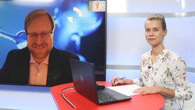 Epicentrum: Expert o vakcínách z Ruska a Číny. Komu Sputnik V v Česku prospěje?