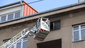 Požár ve Strašnicích: Záchranáři vyhlásili traumaplán, zranění jsou ve vážném stavu!