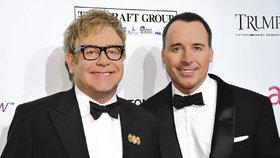 Elton John s manželem jásají: Narodilo se jim druhé dítě!