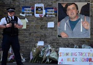 Brit najel u mešity do skupiny muslimů. Soud: Je to vrah a trest ho nemine