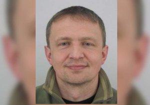 Policie pátrá po Vojtěchovi (45): Ztratil se v terénu, našli jen jeho auto