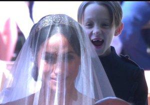Jeho šílený výraz mluví za vše! Proč se chlapeček ze svatby Harryho a Meghan tak křenil?