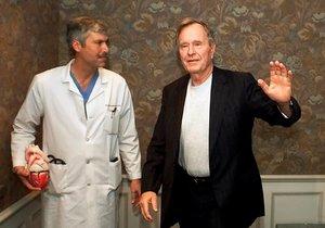 Matka mu zemřela na operačním stole. Byla motivem vraždy kardiologa exprezidenta Bushe pomsta?