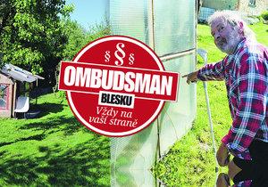 Sousedský spor o podmáčenou zahradu skončil střelbou! Co radí Ombudsmanka Blesku?