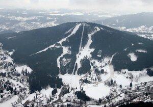 Kam na lyže do Jizerek? Oblíbené jsou ski areály v Bedřichově a v Hraběticích