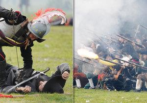 Rekonstrukce bitvy na Bílé hoře se zúčastnilo téměř 1000 dobrovolníků z různých koutů Evropy.