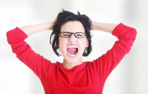 Syndrom vyhoření postihuje čím dál více žen. Poznáte, že se blíží?