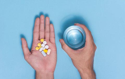 Onkolog Jan Žaloudík: Je rakovina dědičná? A vyléčí ji vitaminy?