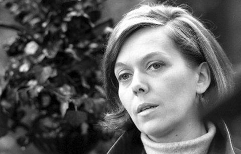 Jiřina Jirásková: Proč chtěla být jeptiškou a kolik měla osudových mužů?