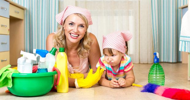 Naučte své děti pomáhat a uklízet