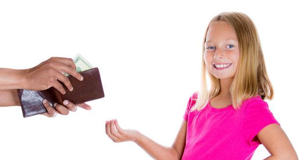 Mají rodiče mluvit dětem do toho, na co kapesné použijí? Psychologové si myslí, že spíš ne.