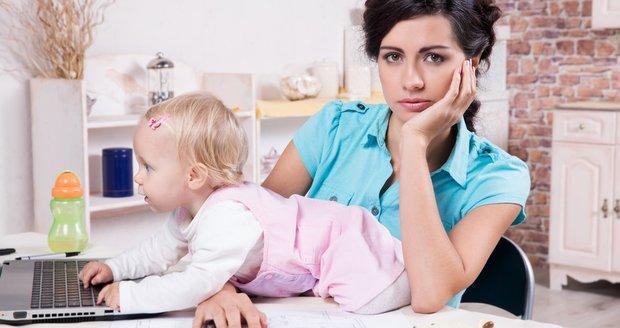Některé ženy mají práci, kterou lze skloubit s péčí o děti a vyhovuje jim to, jiné by to tak ani nechtěly