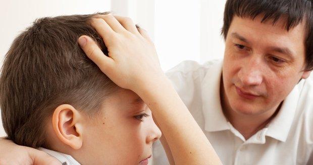 Ani otec, ani matka by se po rozvodu neměli snažit získat dítě na svou stranu