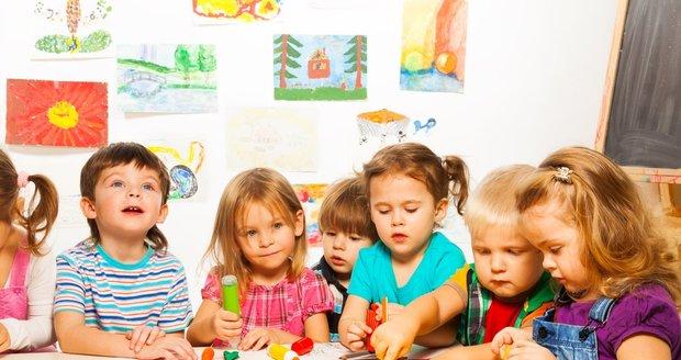 Děti potřebují i hry, které nediriguje dospělý.