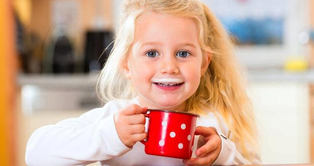 Dnešní děti často trpí zvýšenou lámavostí kostí, protože nemají dostatek vápníku.