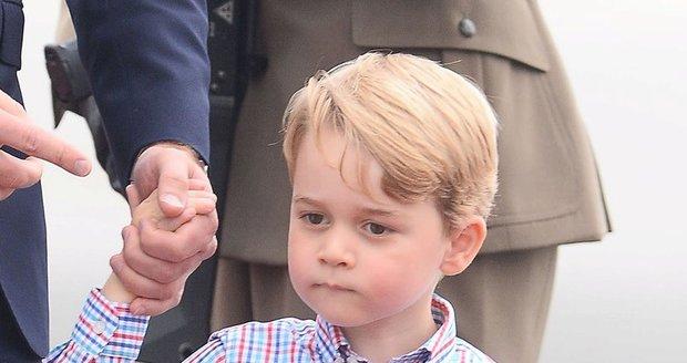 Princi Georgovi jsou 4! Už nenosí podkolenky. Jakou mu Kate chystá oslavu?