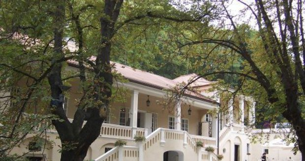 Slavná vila, kde pobýval ke konci 18. století i Wolfgang A. Mozart.