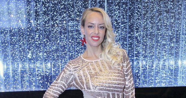 Zpěvačka Kateřina Mátlová v kasinu