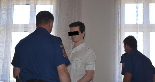 Richard T. (†21) dostal nejnižší trest, protože v době požáru byl mladistvý. Nyní náhle zemřel.