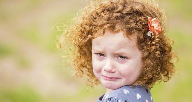 Tohle nikdy neříkejte dětem, když pláčou! Proč a co se může stát?