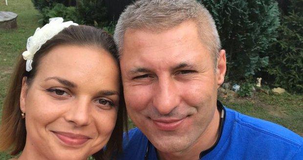 Petra Vajdová s kamioňákem Martinem, kterého potkala v protialkoholní léčebně