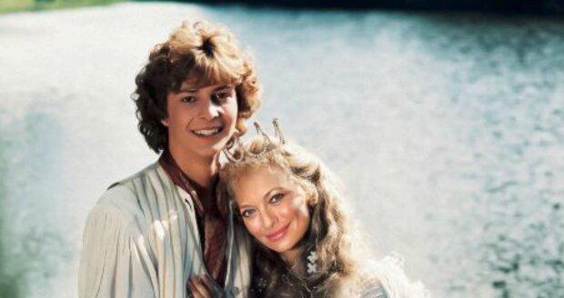 V pohádce Princezna ze mlejna si mohla po boku Radka Valenty zahrát i Lucie Borhyová.